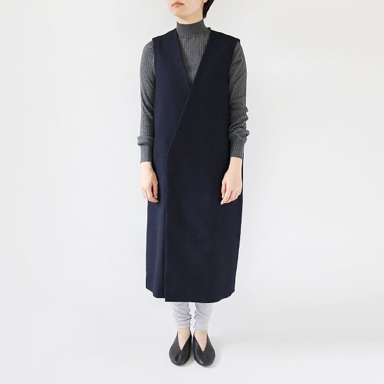 ゴーシュ <br/> Wool Soft Surge Long Vest<br>Navy
