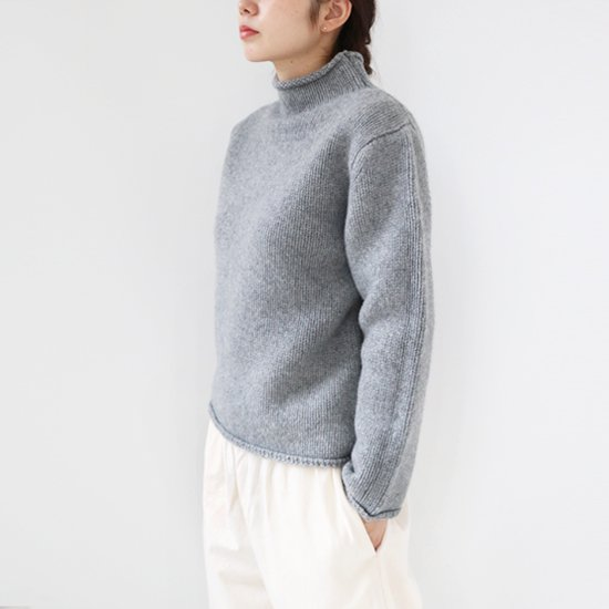 Lin Francais D'antan<br>ハイネックニット<br>〈 Kubin 〉<br>Grey