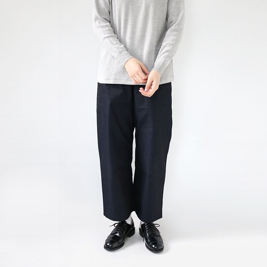 <img class='new_mark_img1' src='//img.shop-pro.jp/img/new/icons3.gif' style='border:none;display:inline;margin:0px;padding:0px;width:auto;' />style+confort <br/>Cotton Wide Pants<br/>Navy