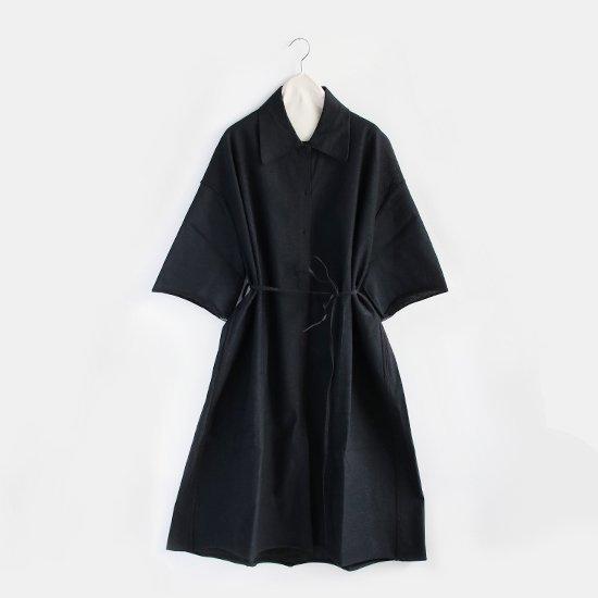 Boboutic <br/>コットンシャツカラーニットワンピース<br/>Black