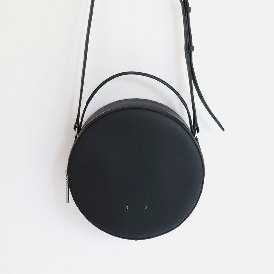 PB0110<br>レザーサークルバッグ<br>Black