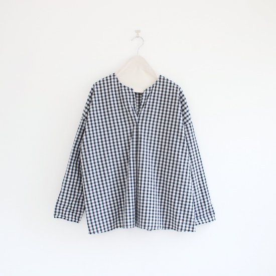 Manuelle Guibal<br>スキッパーブラウス<br>Black×Grey Check