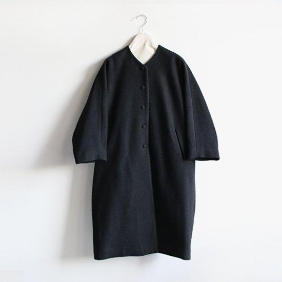 Lin Francais D'antan<br>ウールノーカラーコート<br>〈 Verlaine 〉<br>Black