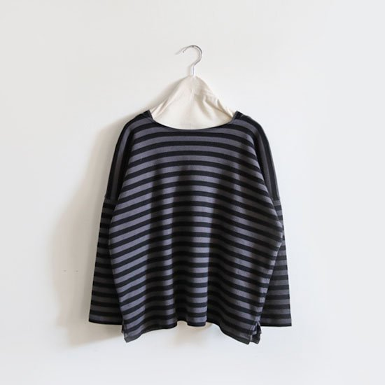 Ricorrrobe | オーバーニット〈 mjt 〉Grey × Black Stripe | D111192TT016