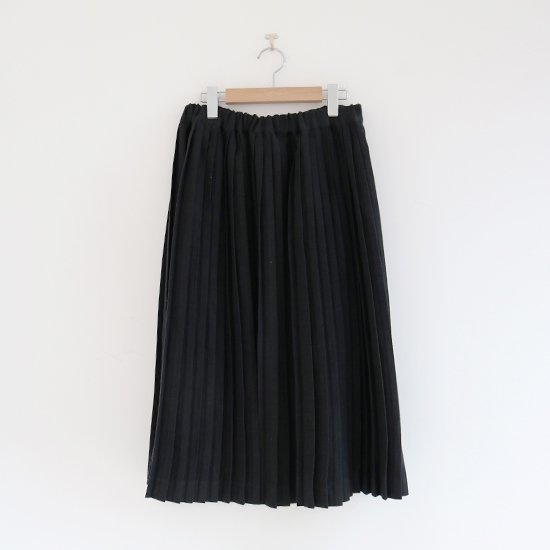 Charpentier de Vaisseau | リネンナロープリーツスカート〈 Brenda 〉Black | C003201PS385