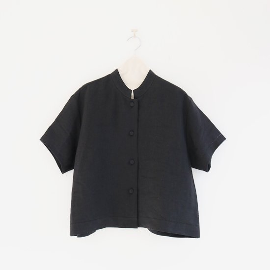 Atelier d'antan | スタンドカラーショートスリーブシャツ 〈 Drake 〉 Black | A232201TS400
