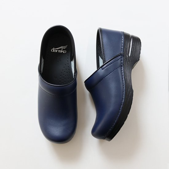 Dansko | レザークロッグ 〈 Professional Box 〉 Navy | E008121SS003