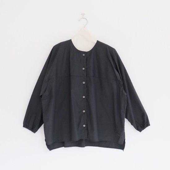 Atelier d'antan | ノーカラーシャツ〈 Kress 〉Black | A232201TS407