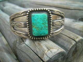ナバホ族Calvin martinez作 PILOT Mt. Turquoise Bangle