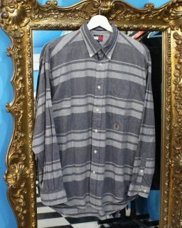 TOMMY HILFIGER BORDER SHIRTS(トミー シャツ)