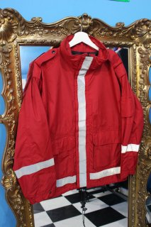 <img class='new_mark_img1' src='//img.shop-pro.jp/img/new/icons20.gif' style='border:none;display:inline;margin:0px;padding:0px;width:auto;' />SPIEWAK REFLECTOR MOUNTAIN JACKET(リフレクター マウンテン ジャケット)