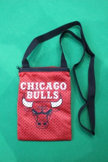 NBA CHICAGO BULLS POUCH(ブルズ ポーチ)
