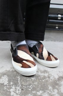<img class='new_mark_img1' src='//img.shop-pro.jp/img/new/icons20.gif' style='border:none;display:inline;margin:0px;padding:0px;width:auto;' />SALVATORE FERRAGAMO SLIP-ON SNEAKER(フェラガモ スリッポン)