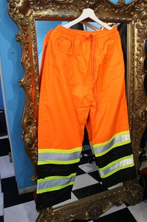 <img class='new_mark_img1' src='//img.shop-pro.jp/img/new/icons20.gif' style='border:none;display:inline;margin:0px;padding:0px;width:auto;' />REFLECTOR ORANGE NYLON PANTS(リフレクター ナイロン パンツ)