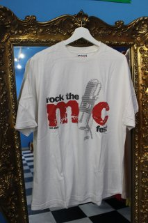 <img class='new_mark_img1' src='//img.shop-pro.jp/img/new/icons20.gif' style='border:none;display:inline;margin:0px;padding:0px;width:auto;' />REEBOK & FOOT LOCKER PRESENT ROCK THE MIC FEST T-SHIRT(ロック ザ マイク フェス Tシャツ)