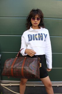 LADIES DKNY CROPPED SWEAT HOODIE(ダナキャラン クロップド フーディー)