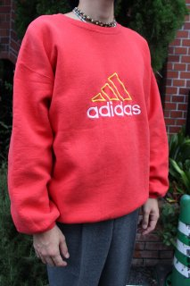 <img class='new_mark_img1' src='//img.shop-pro.jp/img/new/icons20.gif' style='border:none;display:inline;margin:0px;padding:0px;width:auto;' />ADIDAS CREW NECK SWEAT(アディダス クルーネック スウェット)
