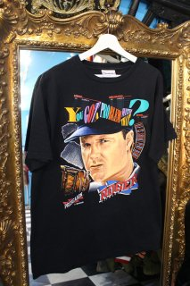<img class='new_mark_img1' src='//img.shop-pro.jp/img/new/icons20.gif' style='border:none;display:inline;margin:0px;padding:0px;width:auto;' />REEBOK ROGER CLEMENS T-SHIRT(ロジャー・クレメンス Tシャツ)