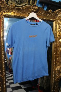 LADIES DKNY LOGO T-SHIRT(DKNY ロゴ Tシャツ)