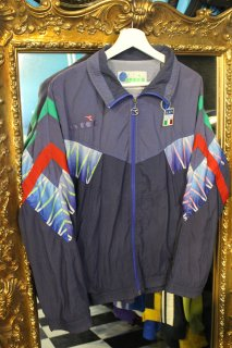 <img class='new_mark_img1' src='//img.shop-pro.jp/img/new/icons20.gif' style='border:none;display:inline;margin:0px;padding:0px;width:auto;' />90's DIADORA SOCCER ITALY TRACK JACKET(ディアドラ イタリア代表 トラック ジャケット)