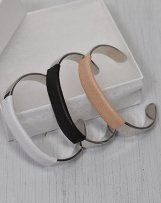 MC1105 GOAT BANGLE