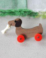 mc1430032-83-F DOG ON WHEELS BROOCH