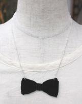 t1430018_99 BOW TIE NECKLACE