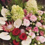 【心斎橋周辺限定】開店祝いに華やかな生花スタンド<br>