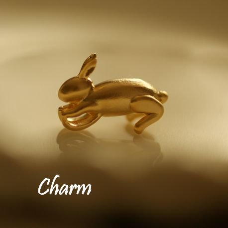 【ハンドメイドパーツ素材】アンティーク風・メタルチャーム・デコ・K14GPゴールド・兔ウサギ【BO34】