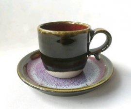 三池焼 赤と黒のコーヒーカップ&ソーサー(辰砂天目)【還暦などの贈り物に最適の手作り陶器】