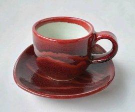 三池焼窯元・ 赤いデミタスカップ『辰砂線文デミタスカップ&ソーサー』【手作り陶器です】