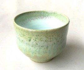 三池焼窯元緑の大き目湯のみ(緑釉いっぷく茶碗)【プレゼントに最適の九州熊本の手作り陶器です】