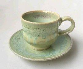三池焼窯元・ 緑のデミタスカップ『緑釉デミタスカップ&ソーサー』【手作り陶器です】