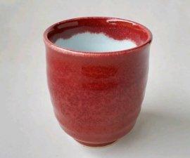三池焼窯元の赤い湯のみ(辰砂湯のみ大)【還暦や退職などのプレゼントに最適の九州熊本の手作り陶器です】