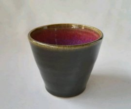 三池焼窯元の赤と黒のそばちょこ(辰砂天目)【還暦や退職などのプレゼントに最適の九州熊本の手作り陶器です】