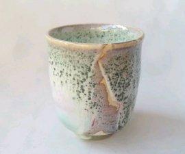 送料無料 三池焼窯元 緑の窯変ゆのみ(緑釉窯変ゆのみ)【還暦や退職などのプレゼントに最適の九州熊本の手作り陶器です】