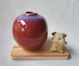 三池焼窯元・赤い花入れ&子犬(辰砂花入れ&子犬)【還暦や退職などのプレゼントに最適の九州熊本の手作り陶器です】