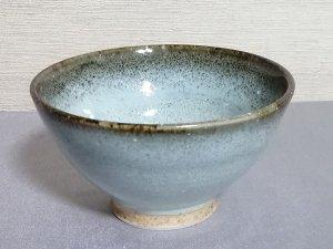 三池焼窯元◆フチが茶色っぽい白色のご飯茶碗『白釉フチ鉄飯碗(大)』【誕生日などの贈り物に最適な九州熊本の手作り陶器】