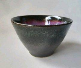 三池焼窯元 赤と黒のミニボール小(辰砂黒マットミニボール小)【還暦や退職などのプレゼントに最適の九州熊本の手作り陶器です】