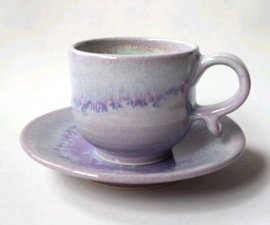 三池焼窯元◆ピンク(薄紫)のコーヒーカップ(へこみ付)&ソーサー『均窯(鈞窯)カップ(へこみ付)&ソーサー』【手作り陶器です】