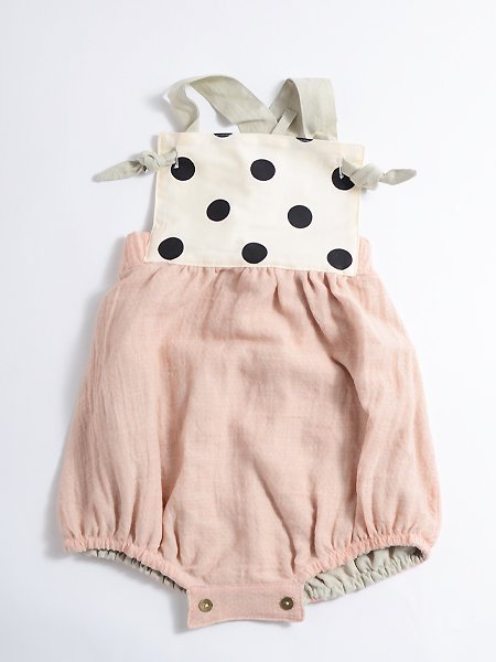 <img class='new_mark_img1' src='//img.shop-pro.jp/img/new/icons8.gif' style='border:none;display:inline;margin:0px;padding:0px;width:auto;' />Popelin ポペリン Reversible pink romper suit リバーシブルロンパース