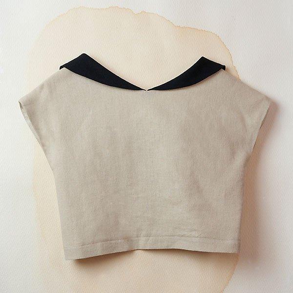 <img class='new_mark_img1' src='https://img.shop-pro.jp/img/new/icons8.gif' style='border:none;display:inline;margin:0px;padding:0px;width:auto;' />Popelin ポペリン Beige sailor-style shirt セーラーブラウス ベージュ