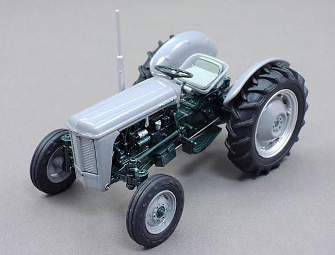 U_H 1/32 Ferguson TO 35 Launch Model
