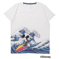 <img class='new_mark_img1' src='//img.shop-pro.jp/img/new/icons49.gif' style='border:none;display:inline;margin:0px;padding:0px;width:auto;' />glamb -  Surf Mickey Print T