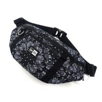<img class='new_mark_img1' src='//img.shop-pro.jp/img/new/icons49.gif' style='border:none;display:inline;margin:0px;padding:0px;width:auto;' />NEWERA - WAISTBAG PAISLEY