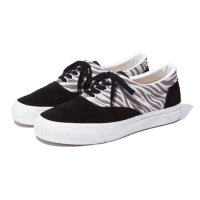 <img class='new_mark_img1' src='//img.shop-pro.jp/img/new/icons5.gif' style='border:none;display:inline;margin:0px;padding:0px;width:auto;' />RADIALL - COSMIC SLOP DECK SNEAKER