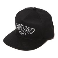 <img class='new_mark_img1' src='//img.shop-pro.jp/img/new/icons49.gif' style='border:none;display:inline;margin:0px;padding:0px;width:auto;' />CALEE - Twill embroidery wappen cap