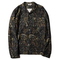 <img class='new_mark_img1' src='//img.shop-pro.jp/img/new/icons49.gif' style='border:none;display:inline;margin:0px;padding:0px;width:auto;' />CALEE - Print nel paisley pattern L/S shirt