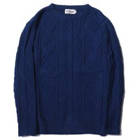 <img class='new_mark_img1' src='//img.shop-pro.jp/img/new/icons5.gif' style='border:none;display:inline;margin:0px;padding:0px;width:auto;' />CALEE - Crew neck cable knit sweater