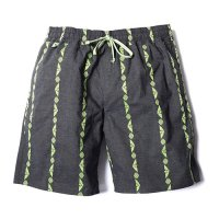 <img class='new_mark_img1' src='//img.shop-pro.jp/img/new/icons49.gif' style='border:none;display:inline;margin:0px;padding:0px;width:auto;' />CALEE - JACQUARD STRIPE SHORTS